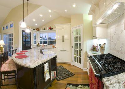 Huntington Beach Kitchen Remodel – Peasley